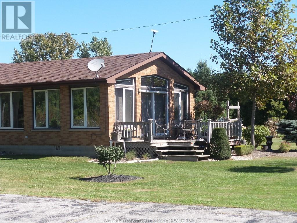 1537 County Rd 22, Lakeshore, Ontario  N0R 1A0 - Photo 3 - 19028930